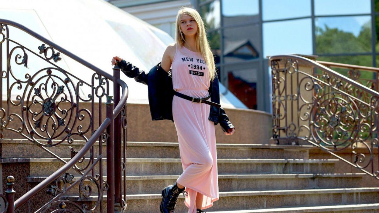 """W międzyczasie, Sophia zdążyła wystąpić w programie """"The Voice of Ukraine"""", gdzie uczyła się od zwyciężczyni konkursu Eurowizji z 2016 roku Jamali (fot. UA:PBC)"""
