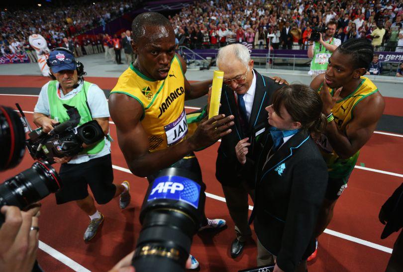 Bolt chciał zatrzymać pałeczkę sztafetową na pamiątkę (fot. Getty Images)