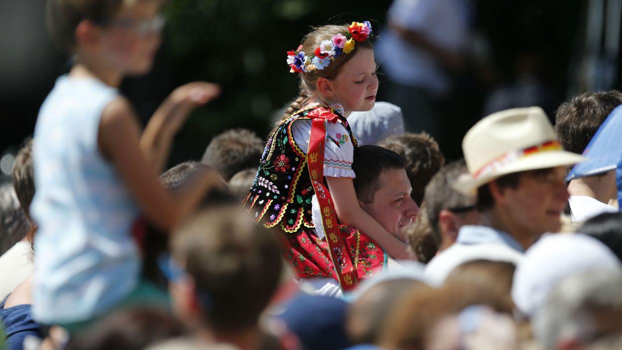 Franciszka żegnali pielgrzymi w każdym wieku (fot. PAP)
