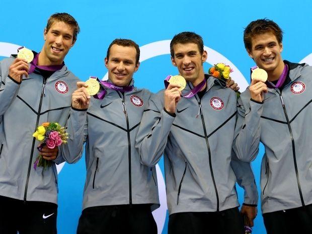 Michael Phelps i spółka nie mają sobie równych podczas igrzysk olimpijskich (fot. Getty Images)