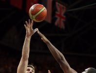 Linas Kleiza zapisał na swoim koncie 17 oczek (fot. Getty Images)