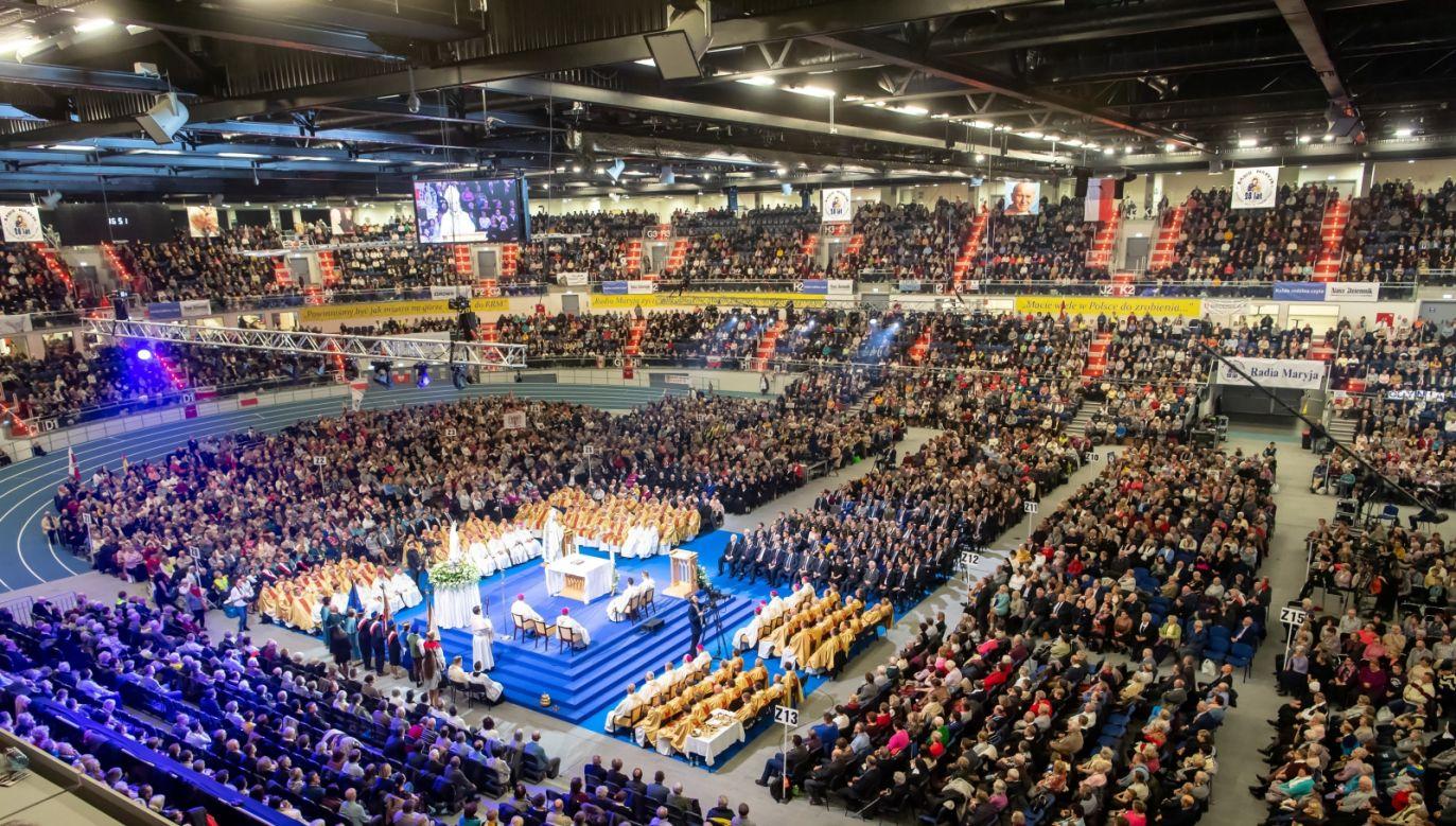 W Toruniu odbyły się obchody 28. rocznicy powstania Radia Maryja (fot. PAP/Tytus Żmijewski)