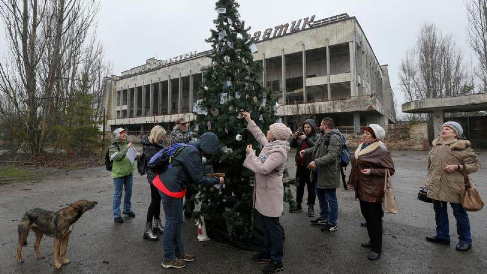 Prypeć: Byli mieszkańcy zorganizowali pierwsze święta od ponad 30 lat - tvp.info