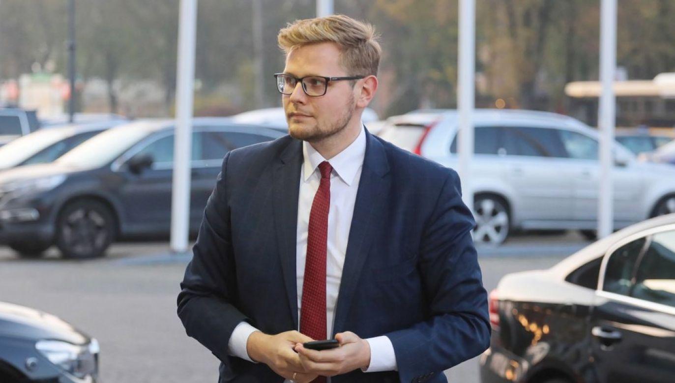 Zakażenie koronawirusem minister Michał Woś potwierdził w połowie marca (fot. arch. PAP/Paweł Supernak)