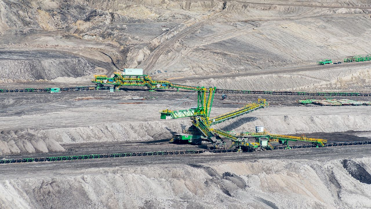 Komisja Europejska dołączyła do pozwu Czech przeciwko Polsce ws. kopalni w Turowie (fot. Shutterstock)