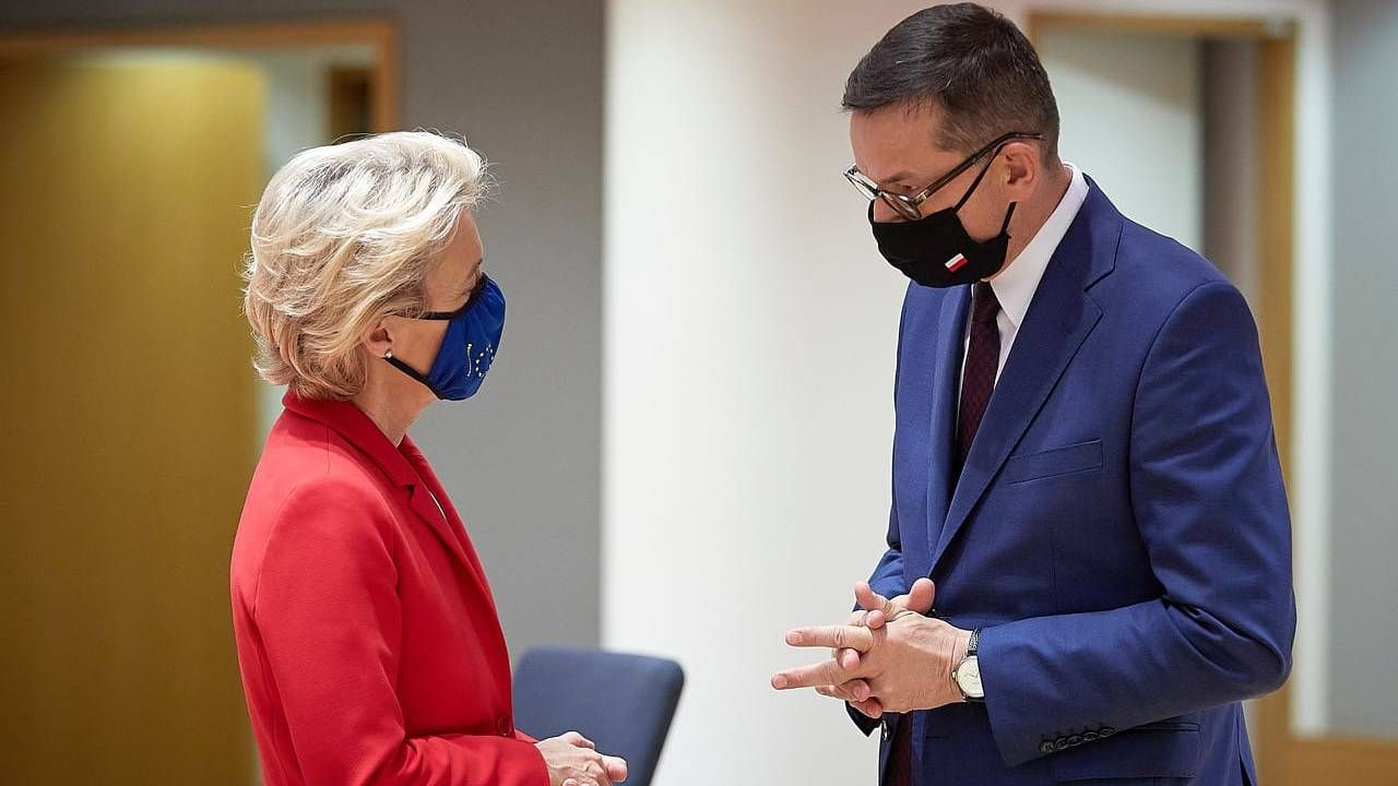Przewodnicząca KE Ursula von der Leyen i premier Mateusz Morawiecki (fot. TT/KPRM)