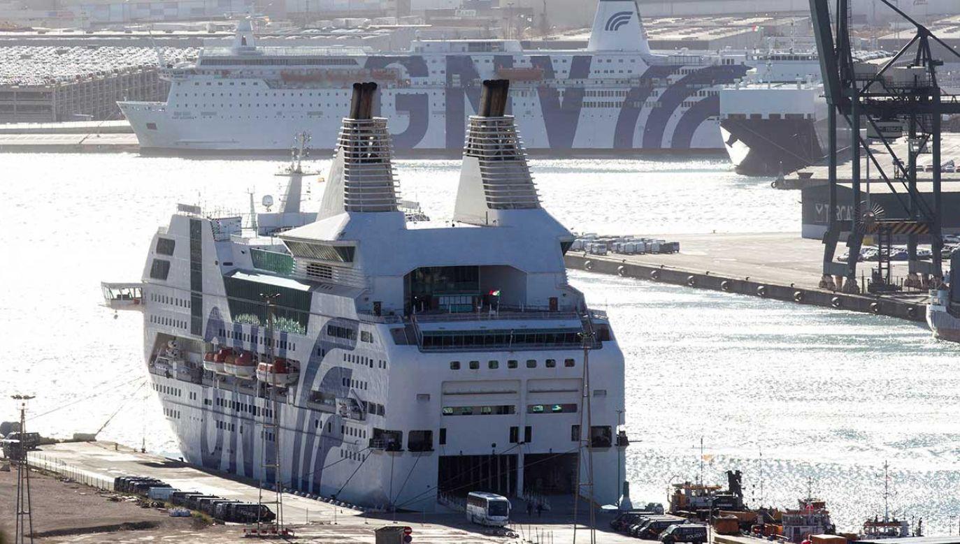Hakerzy zaatakowali systemy informatyczne włoskiej firmy żeglugową Grandi Navi Veloci (fot. arch. PAP/EPA/QUIQUE GARCIA)
