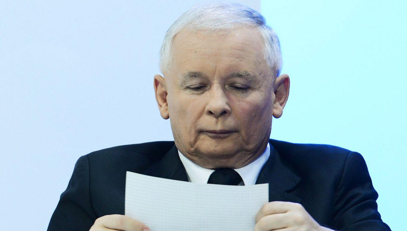 Jarosława Kaczyńskiego o ulubione książki pytali w 2016 roku internauci (fot. arch. PAP/Radek Pietruszka)