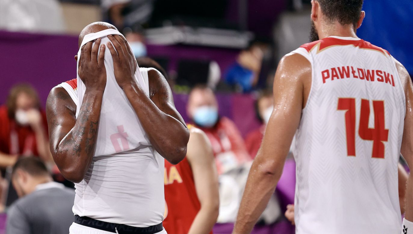 Polscy koszykarze wracają do domu (fot. Getty Images)