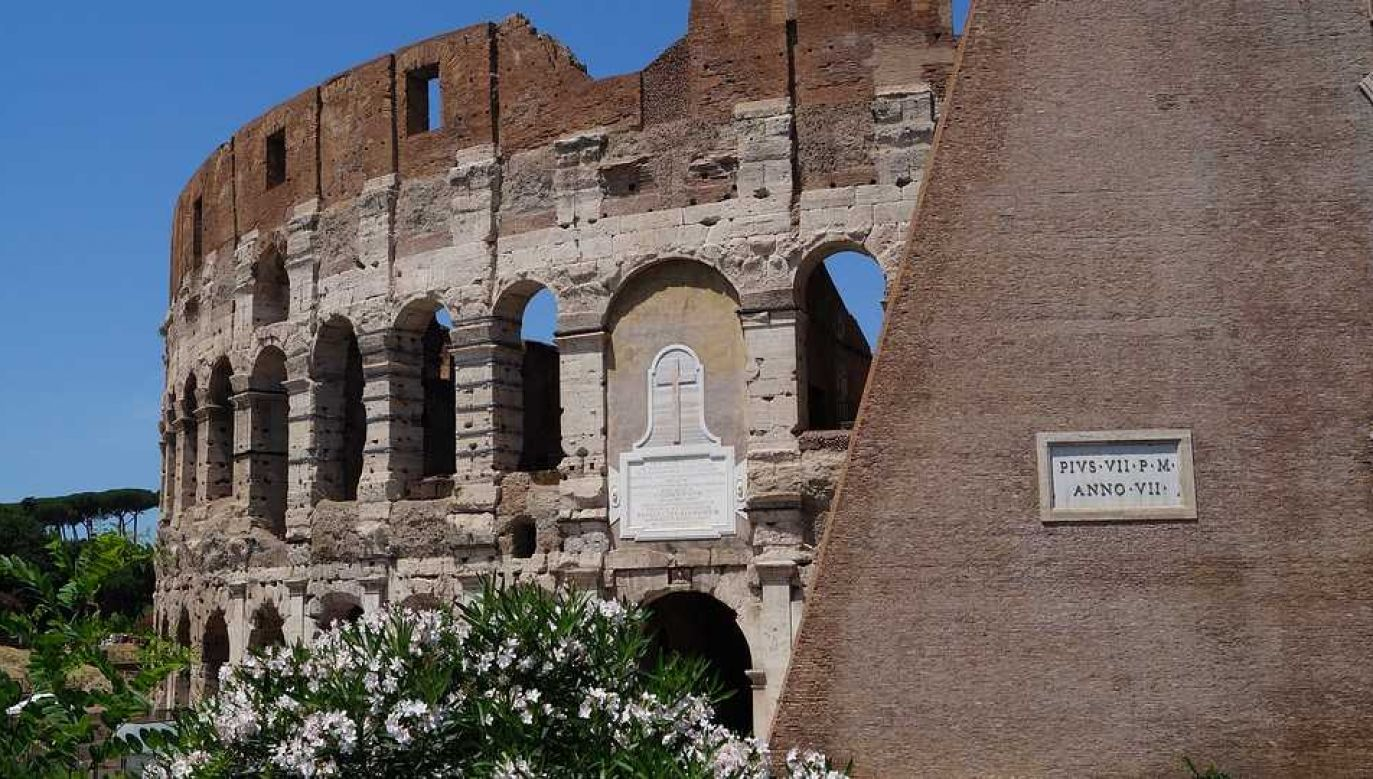 Przed wybuchem pandemii Koloseum zwiedzało rocznie 7,5 miliona osób (fot. Pixabay)