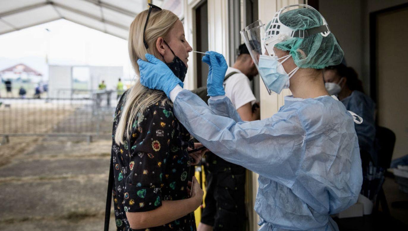 Najnowsze badania nad szczepionką do nosa (fot. R.Barca/Getty Images)