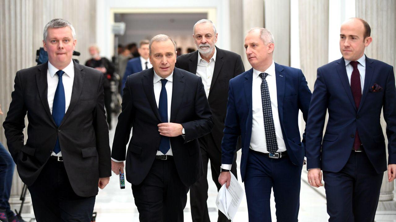 Tomasz Siemoniak, Grzegorz Schetyna, Rafał Grupiński, Sławomir Neumann i Borys Budka (fot. PAP/Bartłomiej Zborowski)