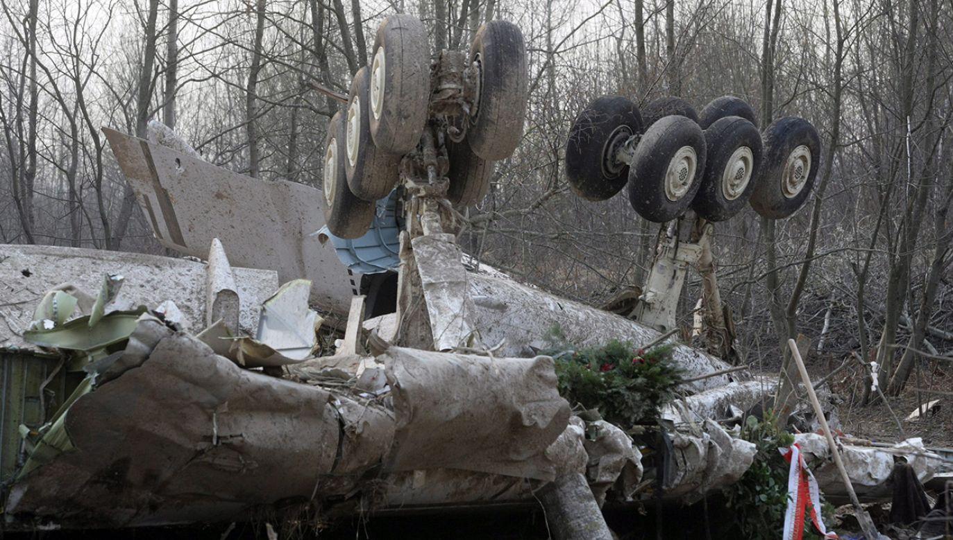 """""""Cała Platforma Obywatelska, całe SLD i całe PSL głosowały za tym, żeby nie badać katastrofy smoleńskiej"""" (fot. arch. PAP/EPA/SERGEI CHIRIKOV)"""