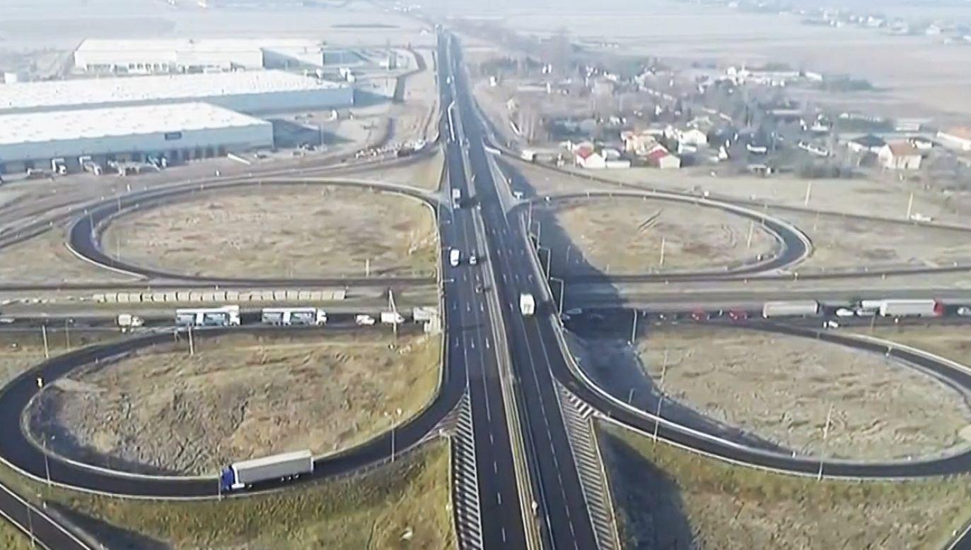 Kierowcy będą musieli nastawić się na utrudnienia (fot. PAP/Roman Zawistowski)