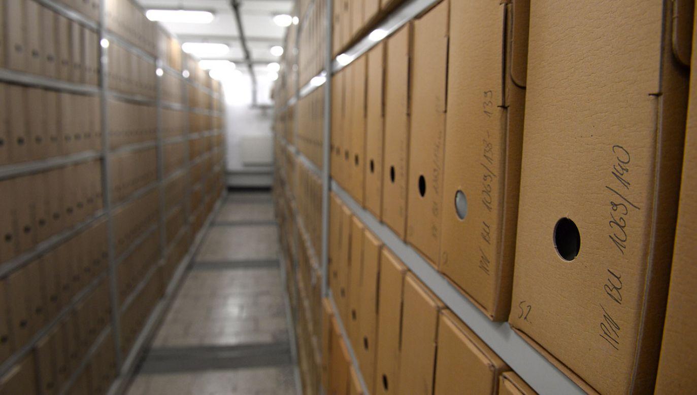 Chodzi o odtajniony niedawno zbiór zastrzeżony IPN (fot.arch. PAP/Jacek Turczyk)