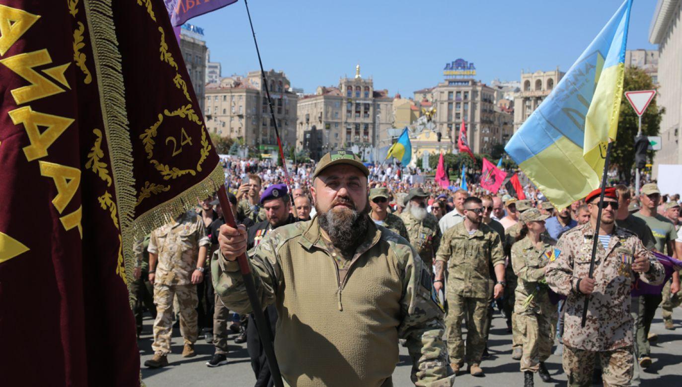 Weterani walk w Donbasie w trakcie obchodów 28. rocznicy Niepodległości Ukrainy w Kijowie (fot. Sergii Kharchenko/NurPhoto via Getty Images)