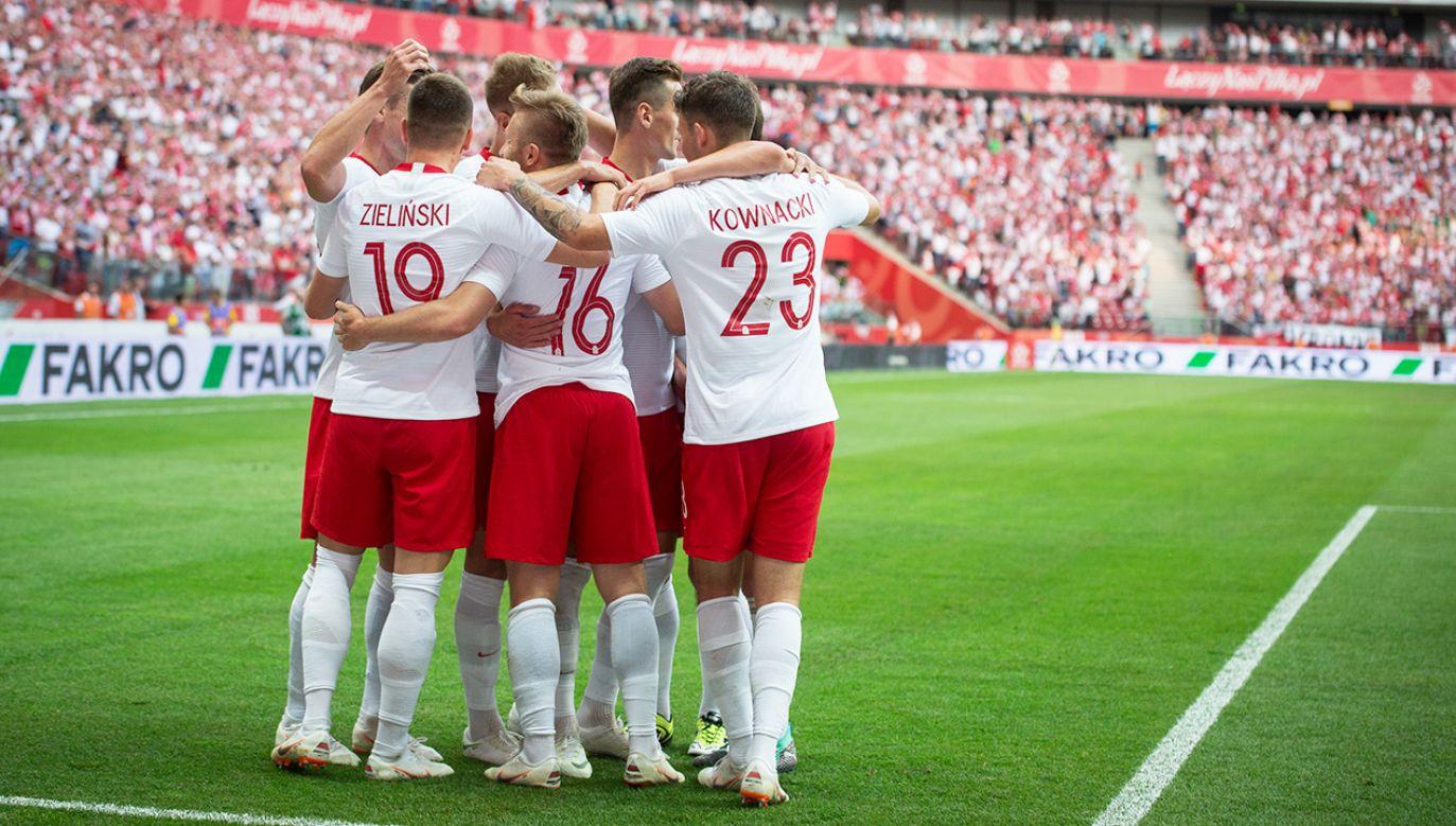 Wsparcie PZPN może uchronić polski futbol od bankructwa (fot. Mateusz Wlodarczyk/NurPhoto via Getty Images)