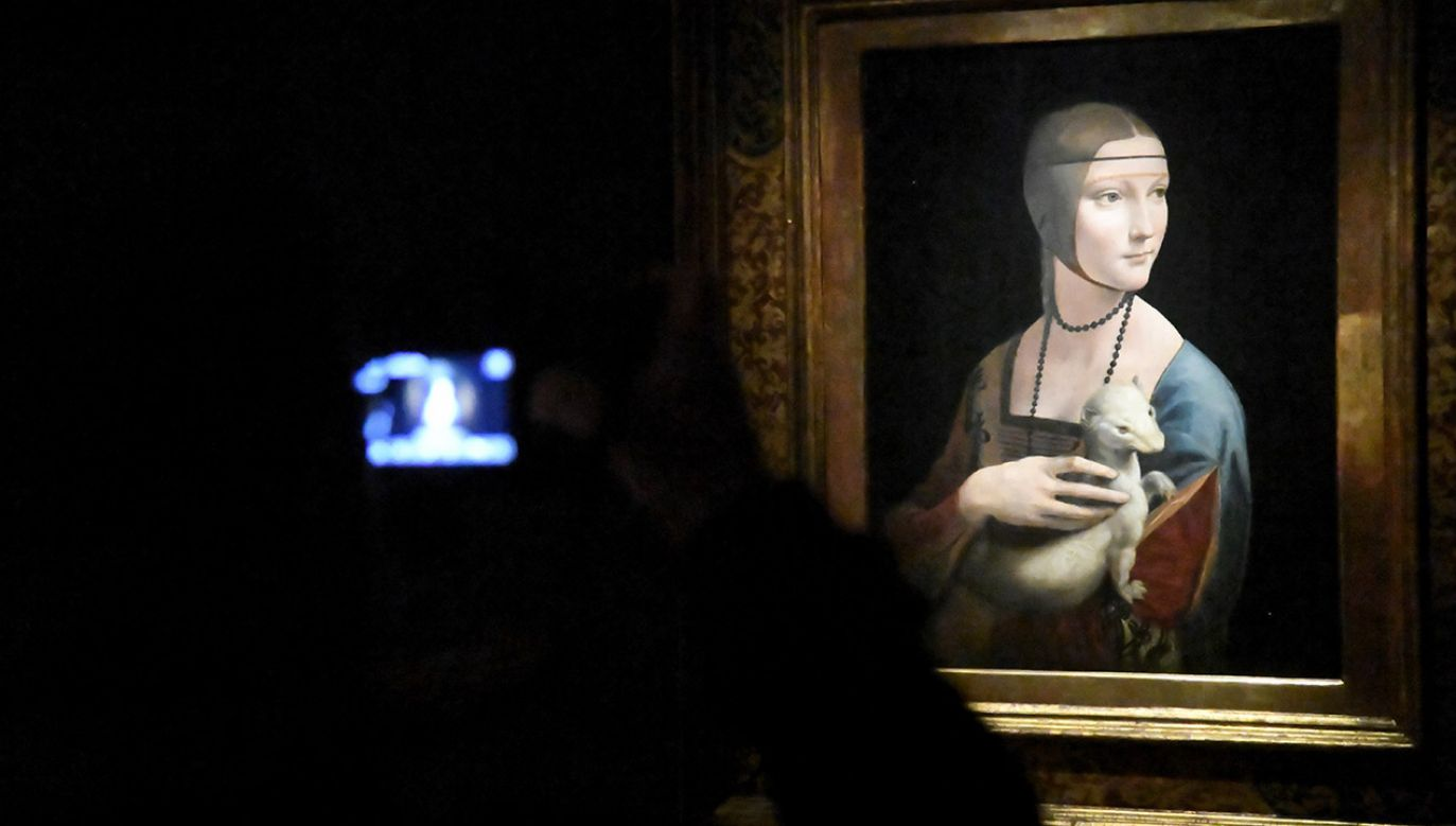 """""""Dama z gronostajem"""" arcydzieło Leonarda da Vinci to jeden z eksponatów prezentowanych w Muzeum Książąt Czartoryskich (fot. PAP/Jacek Bednarczyk)"""
