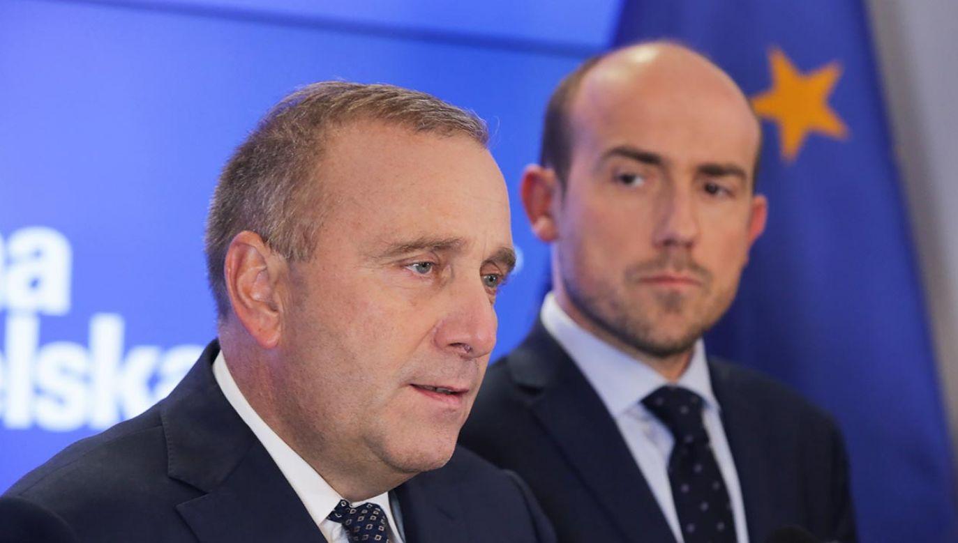 Były przewodniczący PO Grzegorz Schetyna i obecny szef partii Borys Budka (fot. PAP/Tomasz Gzell)