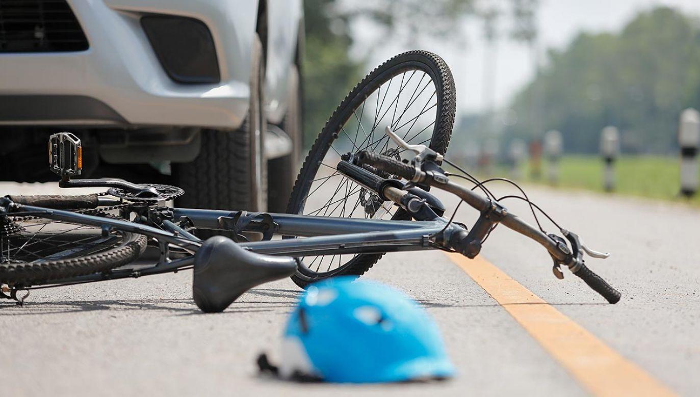 Pomimo prób reanimacji rowerzysta zmarł (fot. Shutterstock/Toa55)