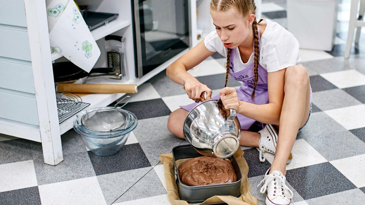 To była szybka runda, jak szybka jest trasa W-Z, ciasta piekły się wszędzie, na stole i na podłodze (fot. TVP)