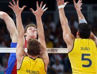 Środkowy Dmitrij Muserski w finale był... najlepiej punktującym zawodnikiem Sbornej (fot. Getty Images)