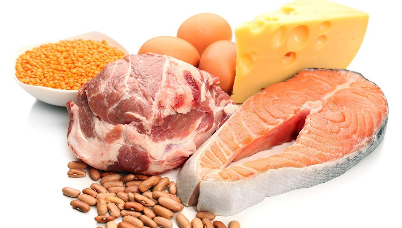 Zbilansowana dieta to gwarancja zdrowia i smukłej sylwetki (fot. Shutterstock/Africa Studio)