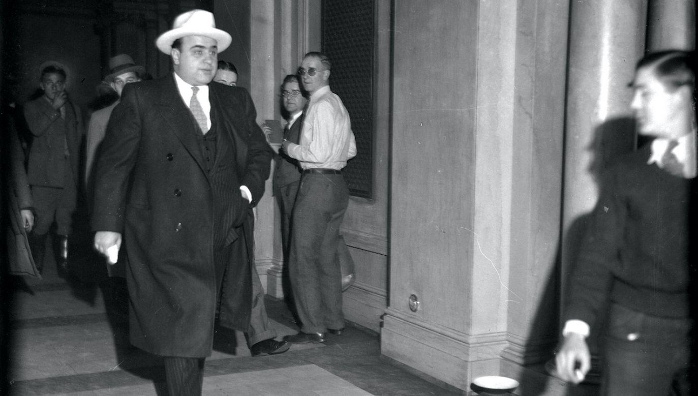 Al Capone próbował kreować się na dobrotliwego filantropa (fot. Chicago Tribune/Tribune News Service/Getty Images)