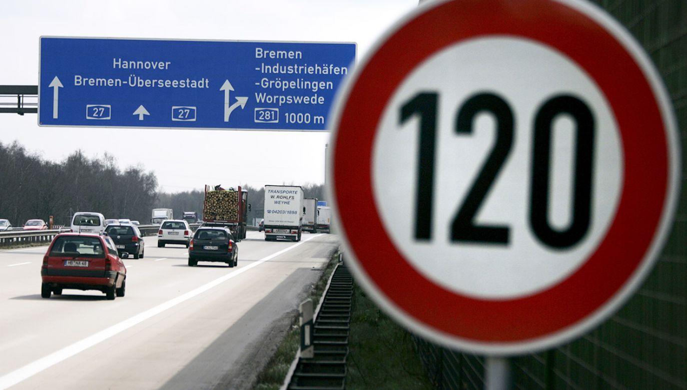 Ograniczenia prędkości na autostradach w Europie dla samochodów osobowych (fot. REUTERS/Morris Mac Matzen)