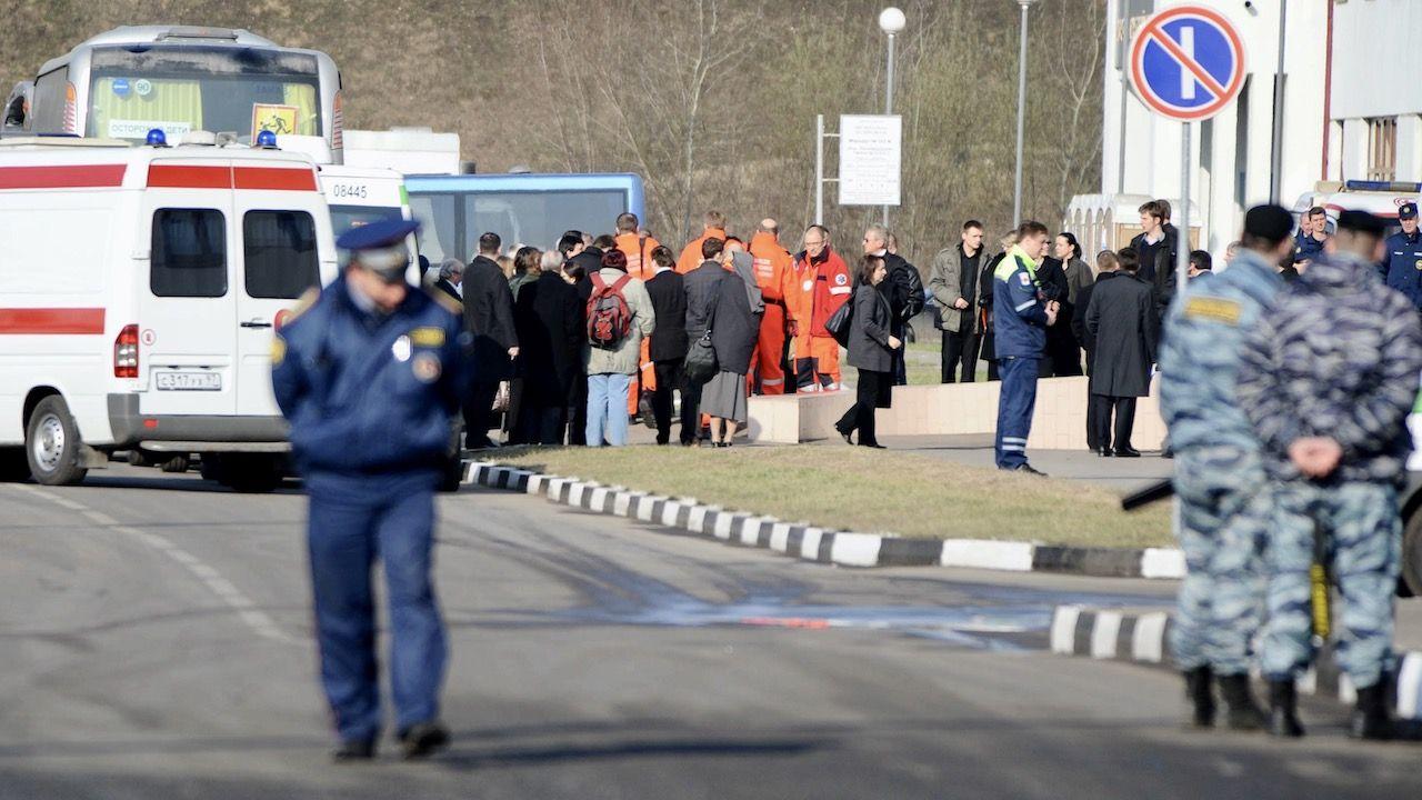 Bliscy identyfikowali ofiary katastrofy w Zakładzie Medycyny Sądowej w Moskwie  (fot. arch.PAP/Jacek Turczyk)