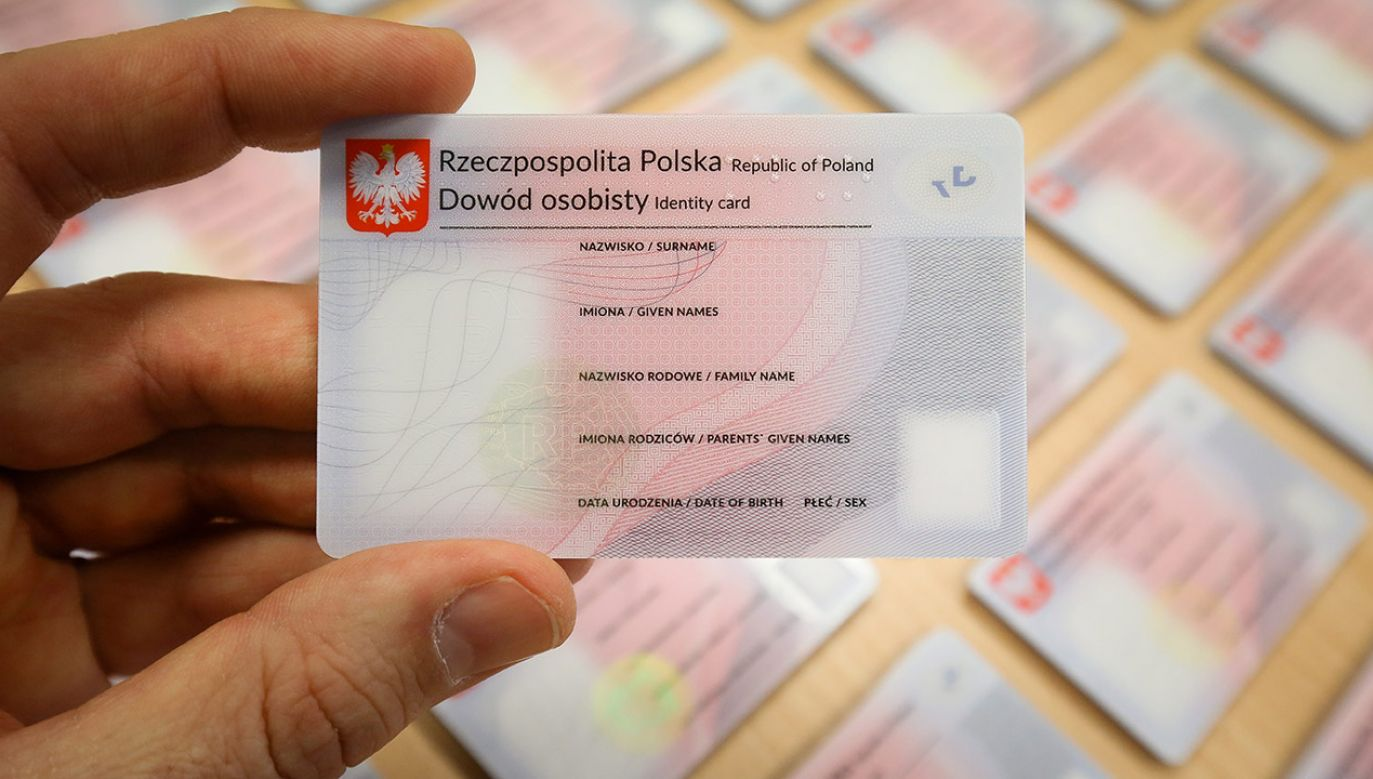 Sporządzenie kopii dowodów tożsamości jest legalne wtedy, kiedy wynika to wprost z przepisów rangi ustawy (fot. arch.PAP/Paweł Supernak)