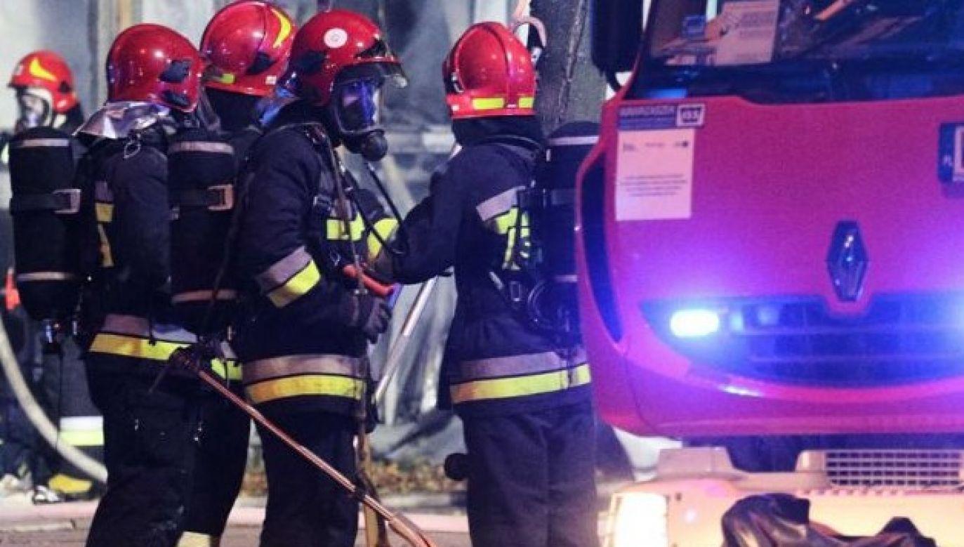 Dom spłonął doszczętnie - zdjęcie ilustracyjne (fot. Paweł Supernak/PAP)