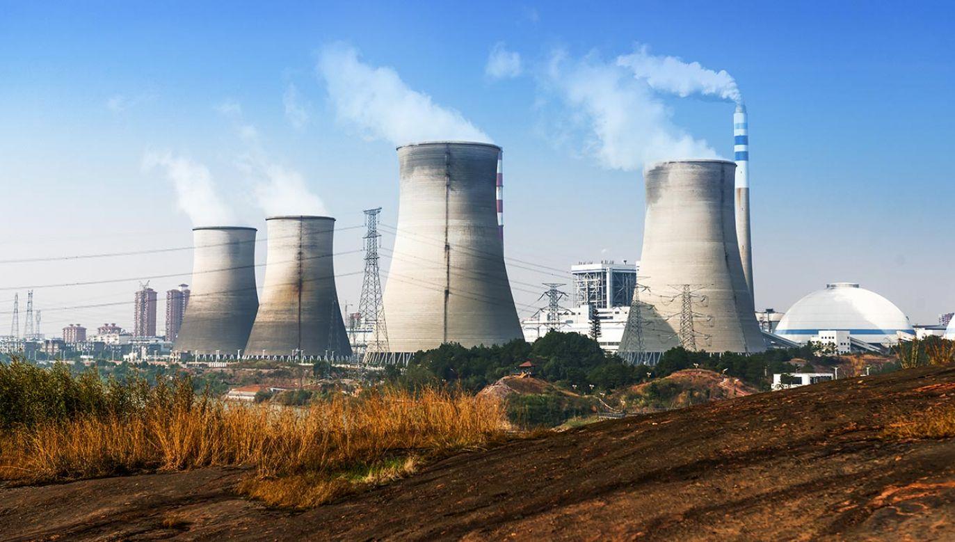 Elektrownia atomowa w Polsce wpłynie na bezpieczeństwo energetyczne i rozwój gospodarki (fot. Shutterstock/hxdyl)