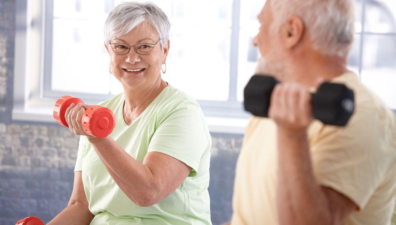 Pączek może zawierać od 250 do nawet 500 kalorii (fot. Shutterstock/StockLite)