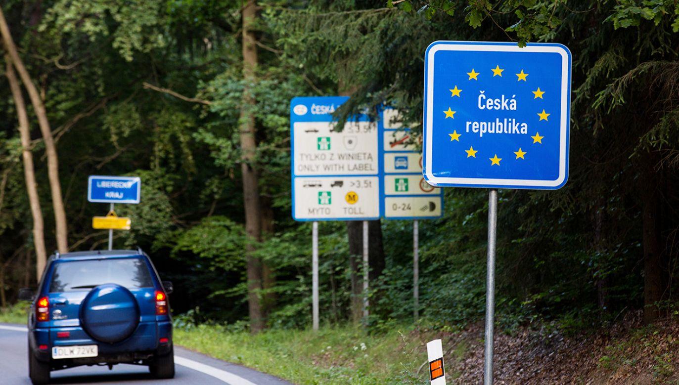 Ograniczenia w podróży do Czech potrwają do poniedziałku 14 czerwca (fot. Karol Serewis/SOPA Images/LightRocket via Getty Images)