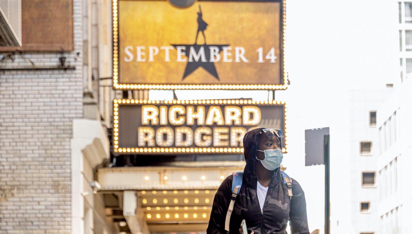 Koronawirus spowodował zamknięcie 41 teatrów na Broadwayu w 2020 r. (fot. N.Galai/Getty Images)