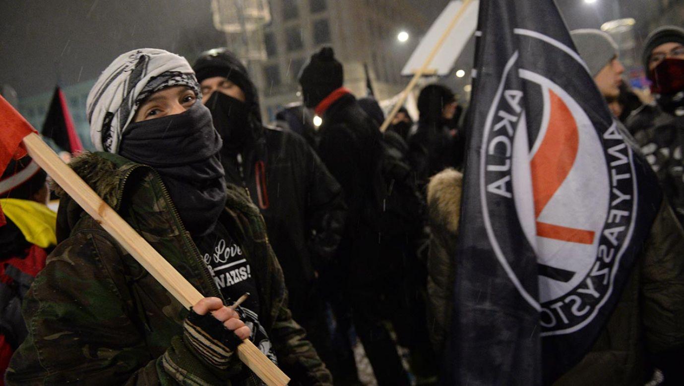 Anna Maria Żukowska porównuje skrajnie lewicowych bojówkarzy do Armii Krajowej (fot.  PAP/Jacek Turczyk)