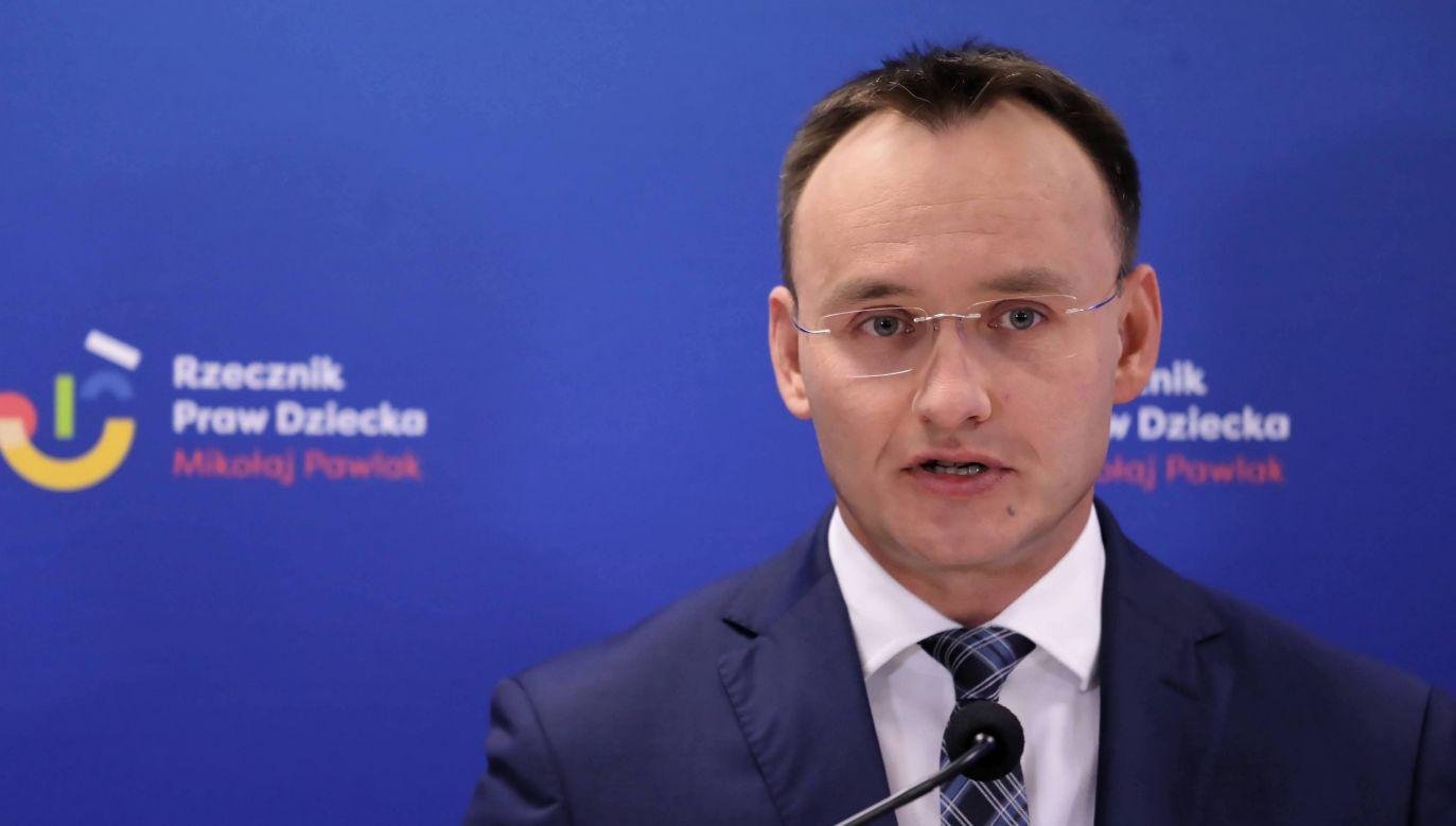 Rzecznik praw dziecka Mikołaj Pawlak (fot. arch. PAP/Tomasz Gzell)