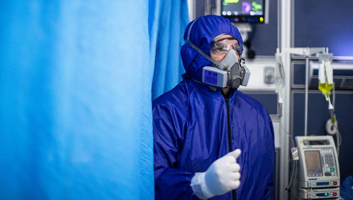 Ministerstwo Zdrowia podało najnowsze dane o epidemii (fot. Hector Vivas/Getty Images)