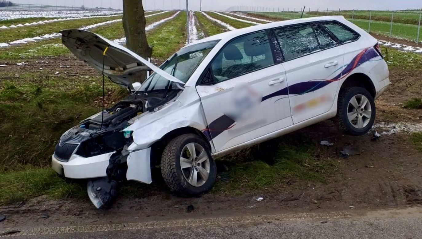 Kierowca trafił do szpitala (fot. Policja lubelska)