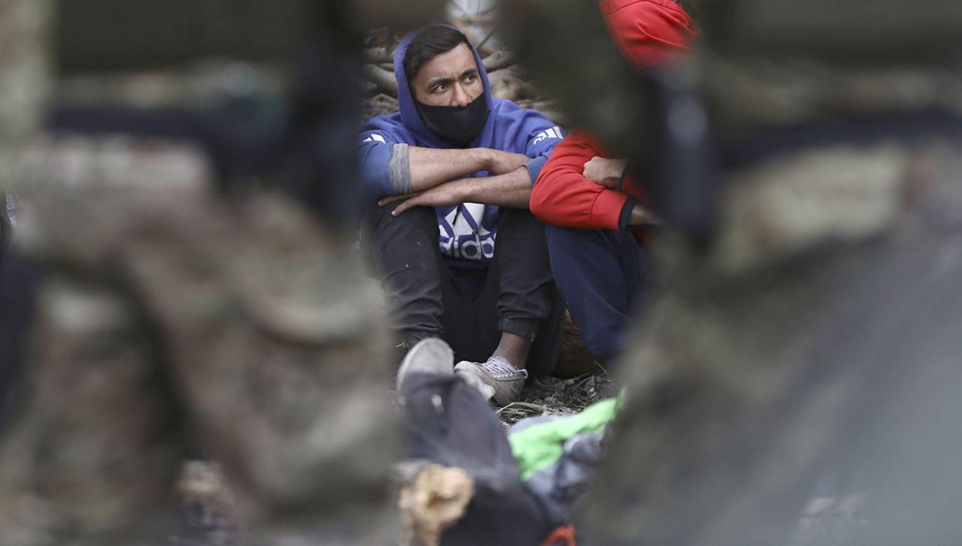 Już ok. 1,2 tys. zatrzymanych po nielegalnym przekroczeniu polskiej granicy (fot. STR/NurPhoto via Getty Images)