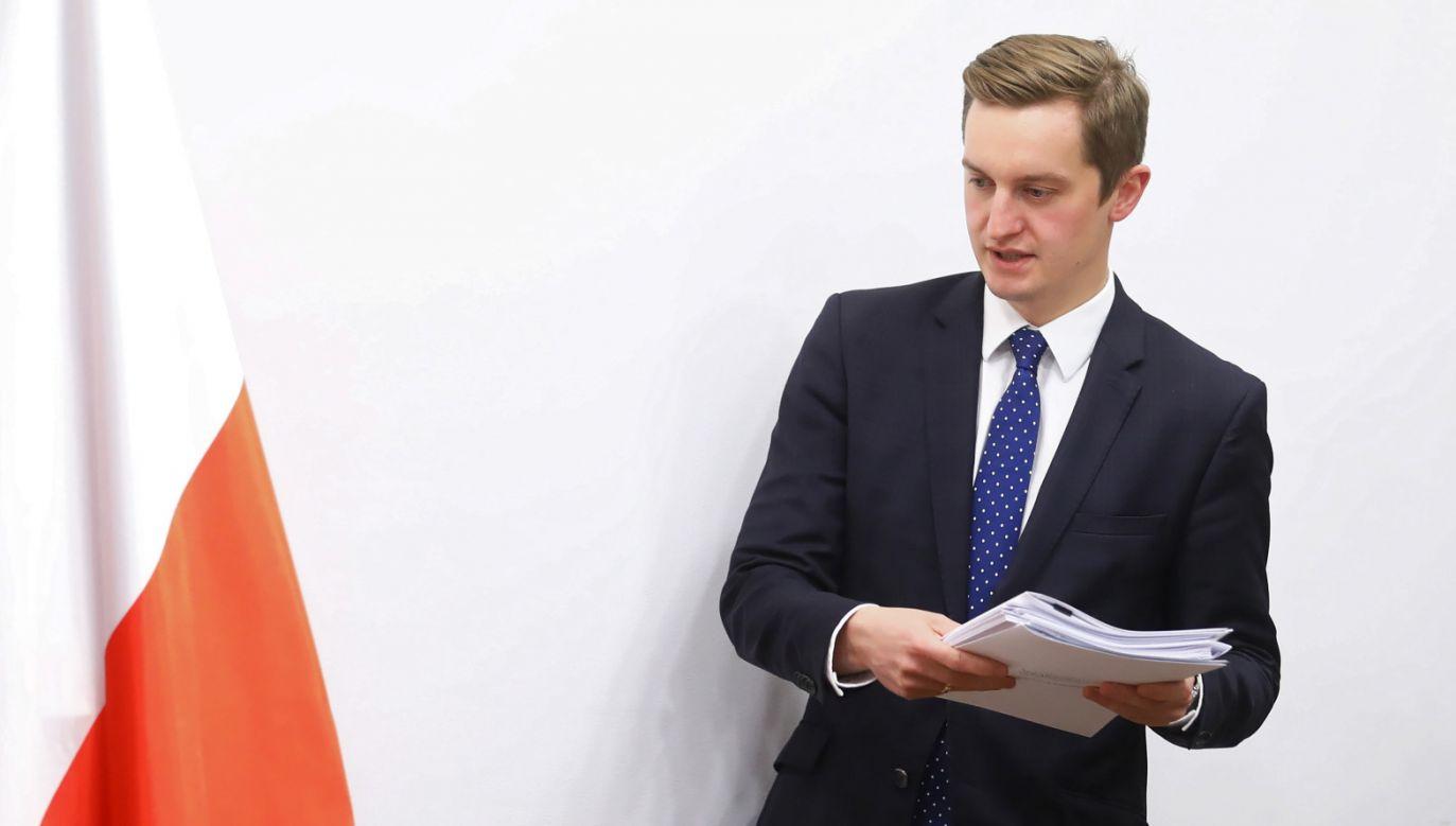 Zdaniem polityka, miasto st. Warszawa nie broni interesu publicznego (fot. PAP/Rafał Guz)