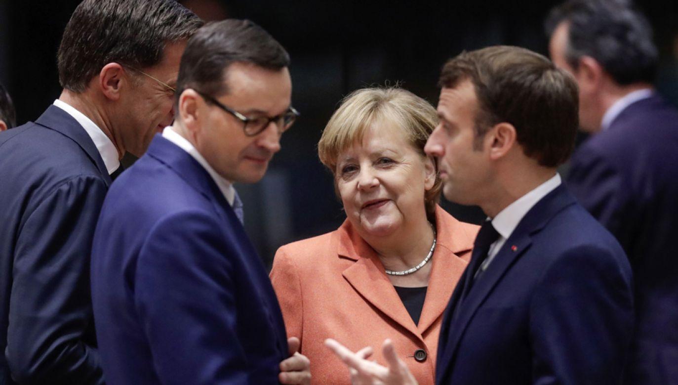 Piątek jest drugiem dniem unijnego szczytu (fot. PAP/EPA/OLIVIER HOSLET)