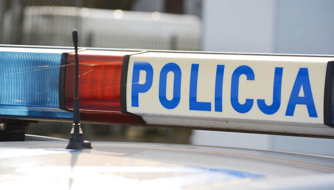 Policja zatrzymała dwie osoby. Byli widziani wspólnie ze zmarłym (fot. Shutterstock)