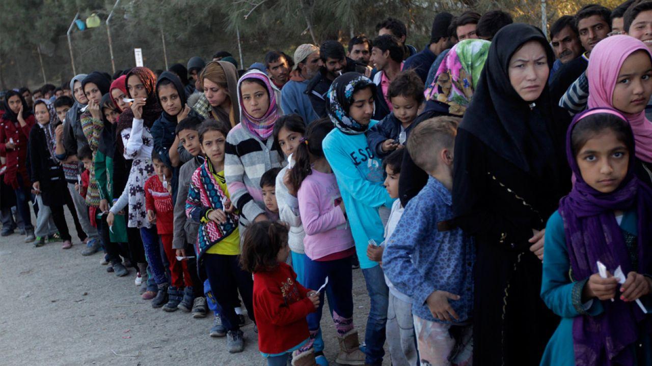 Umowa ws. migrantów zostanie zablokowana? (fot. PAP/EPA/ORESTIS PANAGIOTOU)