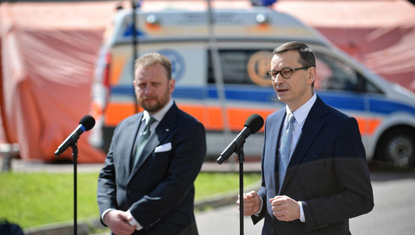 Podsumowano działania, jakie były podejmowane w związku z epidemią koronawirusa (fot. PAP/Marcin Obara)