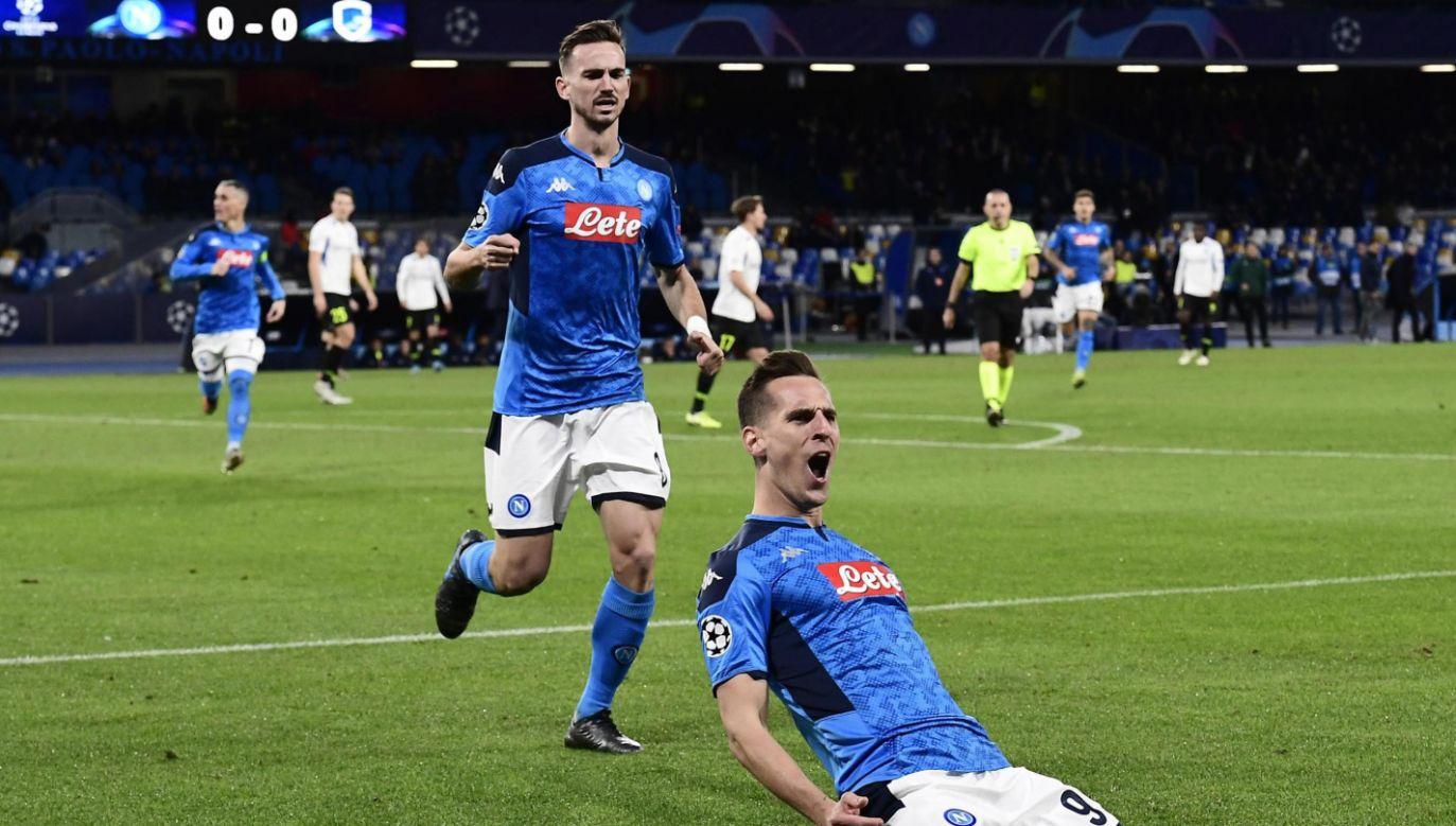 Polski napastnik został też pierwszym w historii piłkarzem Napoli z dorobkiem trzech bramek w jednym meczu w Champions League (fot. PAP/EPA/CIRO FUSCO)