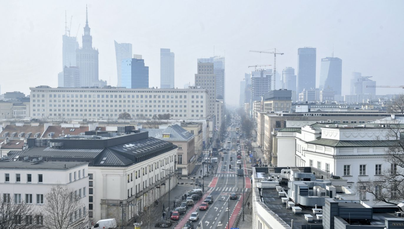 W sześciu dzielnicach Warszawy nie ma wody  (fot. PAP/Radek Pietruszka)