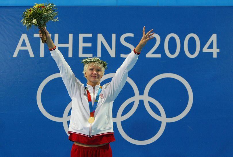 Otylia Jędrzejczak wywalczyła złoto w pływaniu podczas igrzysk w Atenach 2004 (fot. Getty Images)