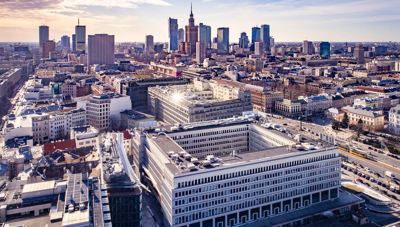 Kobieta usłyszy zarzuty w Prokuraturze Okręgowej w Warszawie (fot. Shutterstock/Drone in Warsaw)